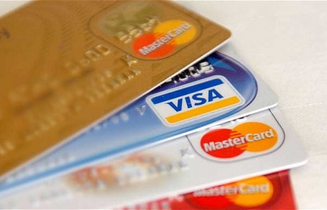 Credit Card deposit is available for the US clients
